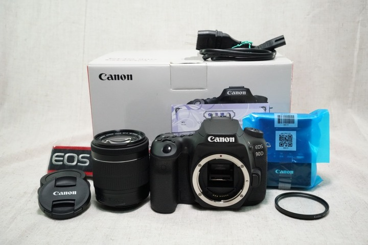 Canon EOS 90D+18-55mm f3.5-5.6 IS STM 快門659 單眼相機 保2022/01/28