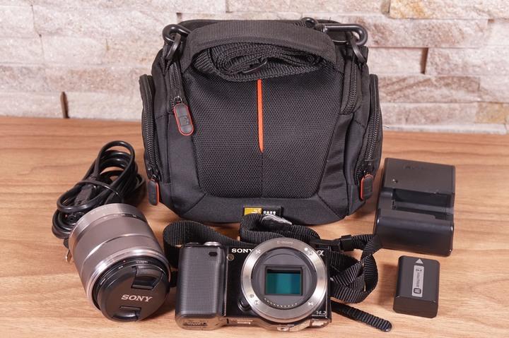 Sony NEX-5 黑 + E18-55mm f3.5-5.6 0SS