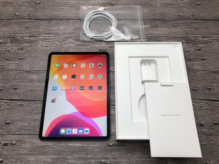 iPad Pro 3 Wi-Fi + LTE 11吋 256G MU102TA/A a1934 保2020/12/30