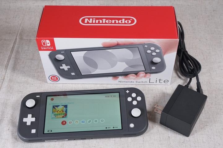 Nintendo Switch Lite 2019年 灰色 有盒