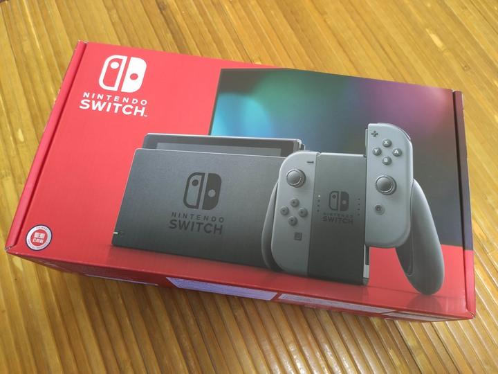 任天堂 Switch 黑灰 電力加強版主機 台灣公司貨