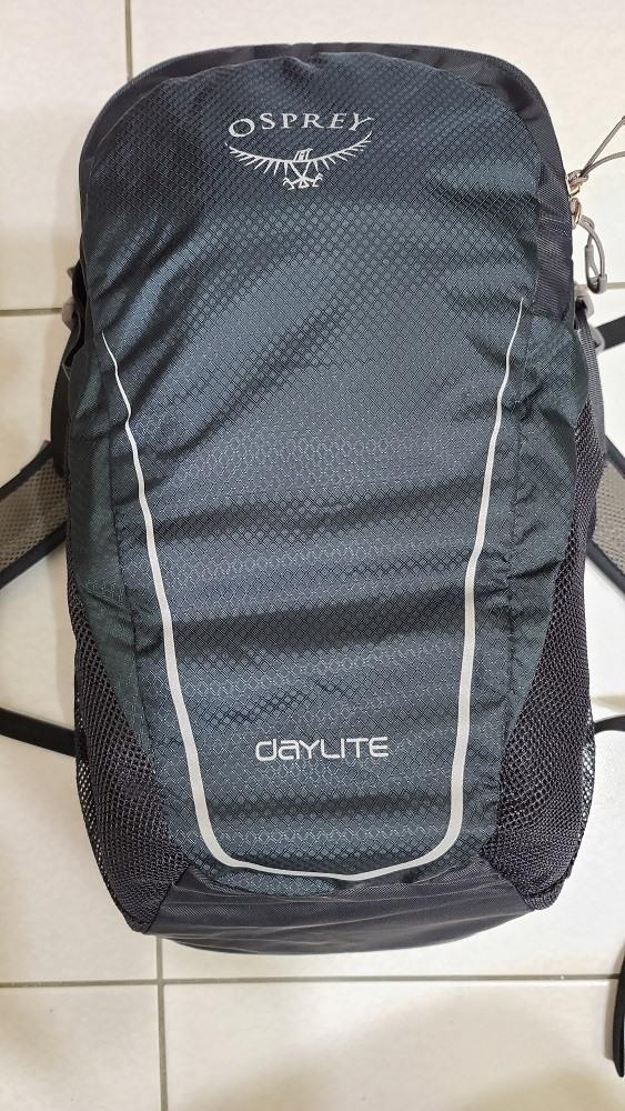 Osprey Daylite 13L超輕多功能背包95%如新黑色款