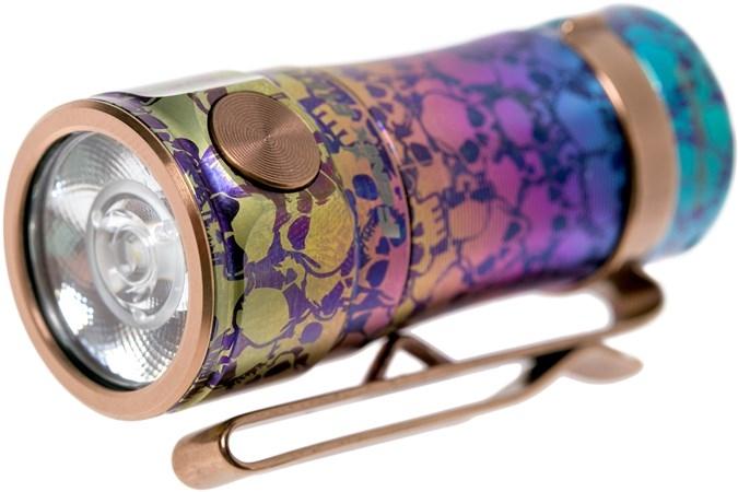 FENIX E16Ti 鈦金屬/限量版便攜式多功能隨身手電筒650流明 纖薄透鏡 雙向背夾EDC