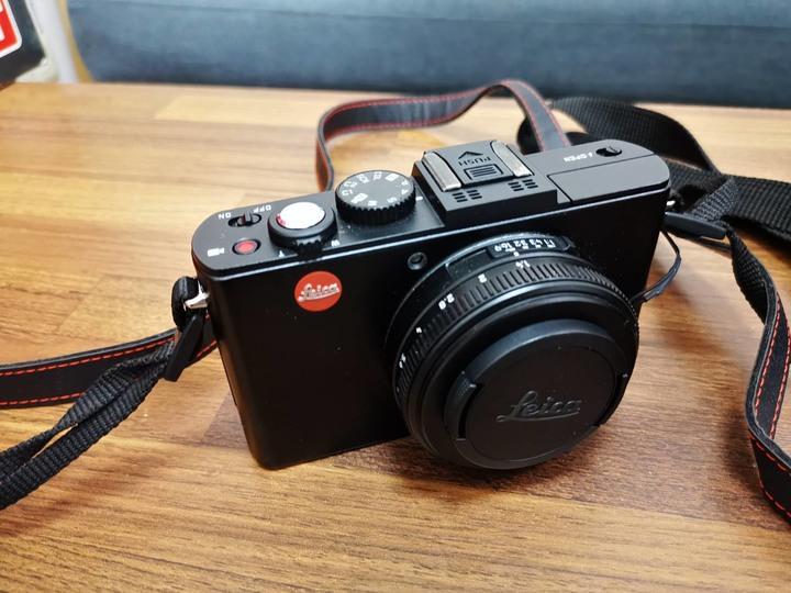賣LEICA D-LUX 6(萊卡相機)