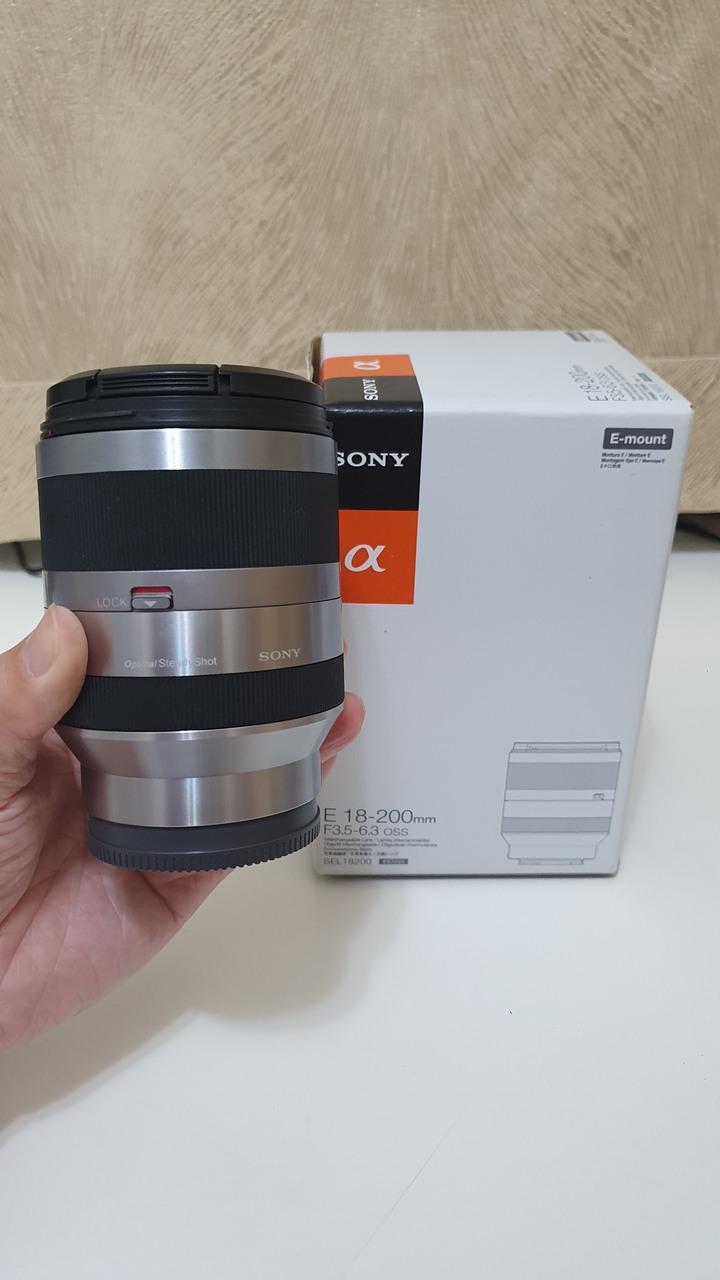 SONY E 18-200mm SEL18200 銀鏡