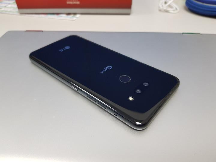 LG G8 ThinQ s855