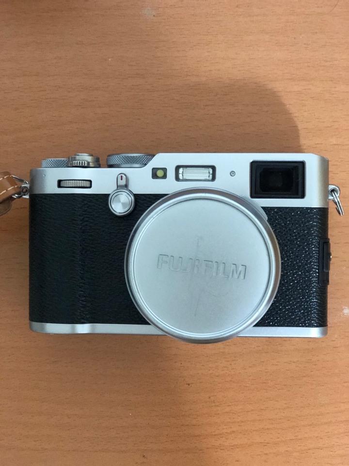 Fujifilm X100F 銀色
