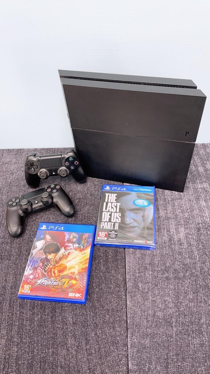 PS4+2個手把+2片遊戲片