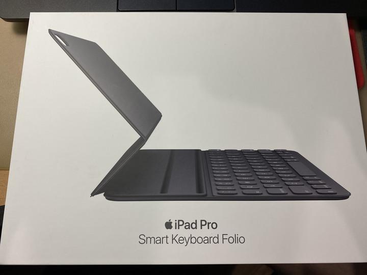 iPad Pro Smart KeyboardFolio (iPad pro 11)