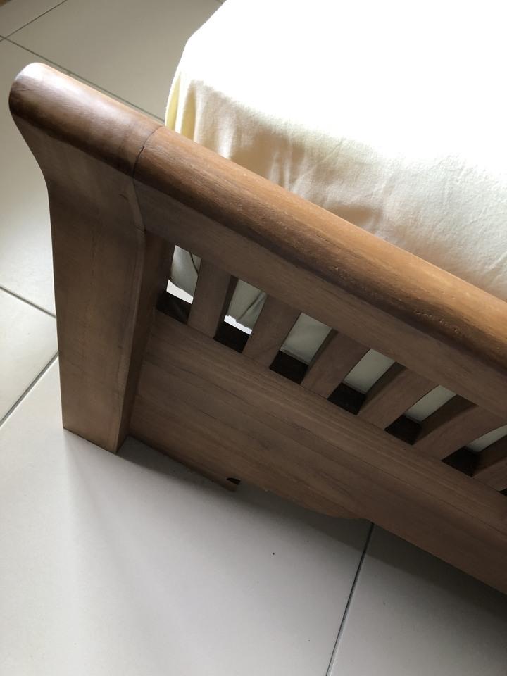 Villa風華床台-六尺。床台(不含床墊)