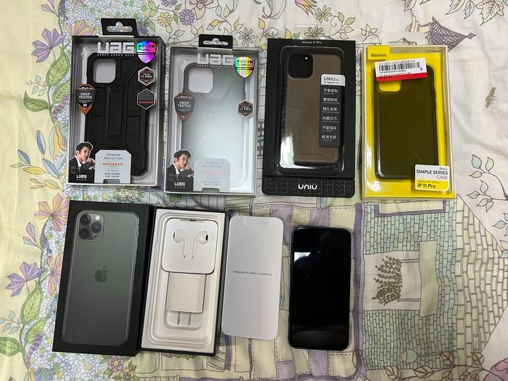 販售i phone 11 pro 256GB(墨綠色)(全配)