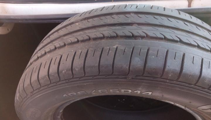 堪用固特異輪胎一條 185-65R-14一條不含安裝500元