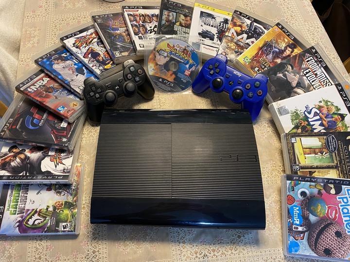 PS3主機(CECH-4207C)+2支副廠手把+17片遊戲