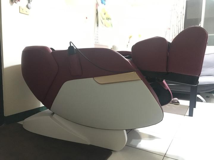 二手 輝葉 追夢椅 紅色 1樓免運 電梯免運 功能正常 按摩椅 HY-5083