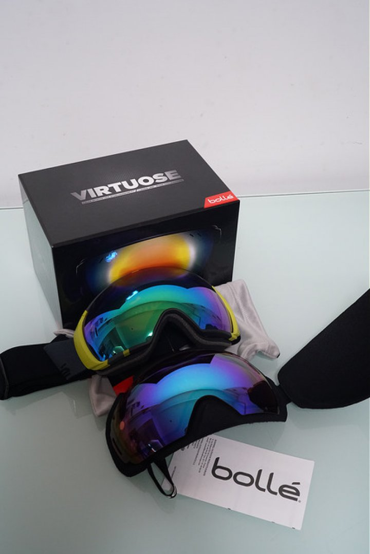 Bolle Virtuose 雪鏡兩片可換鏡片Ski Goggles