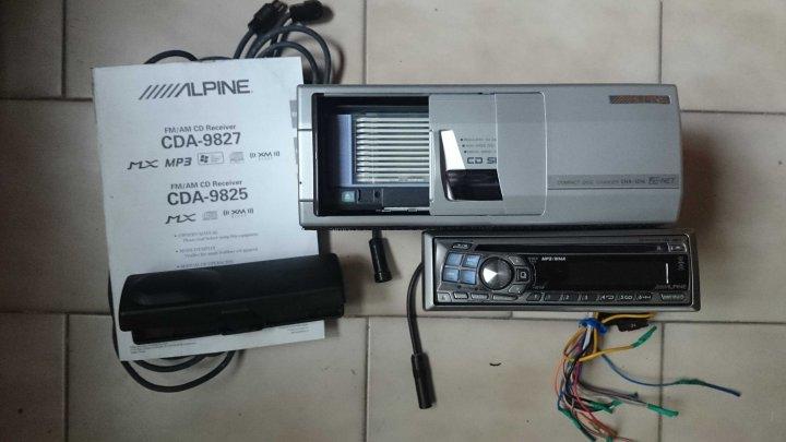 阿爾派 ALPINE CDA-9827 MP3/WMA/AUX alpine +12CD換片箱 賣4500