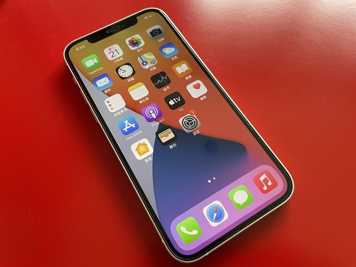 超級新~保固超長~Apple iPhone 12 128G-白色,全機無傷,盒裝完整