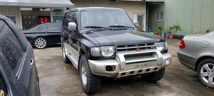 1997 Mitsubishi pajero 3.0 客戶換車留下現況交車 引擎變速箱四傳功能正常 3.0稅金輕鬆養