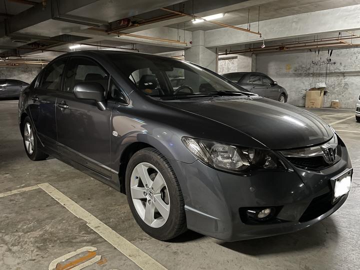 CIVIC 8.5代 黑色內裝 全在原廠保養  自售已換車 沒事故沒撞過 都停室內 內裝很新