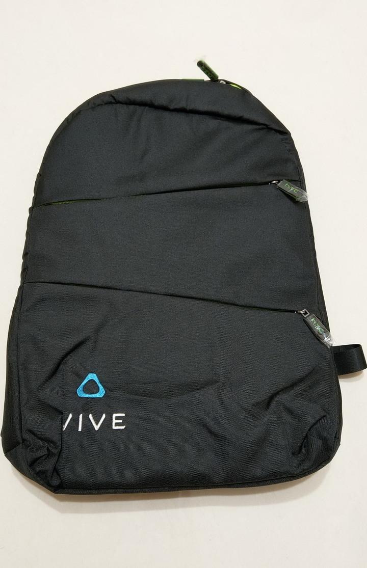 (售) 全新品 - HTC vive 後背包