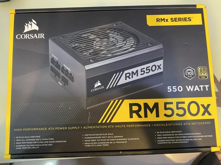 海盜船CORSAIR RM550x