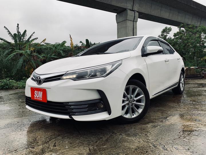 連續19年台灣銷售冠軍  正2017年 最新款Toyota Altis 1.8E 最夯白色