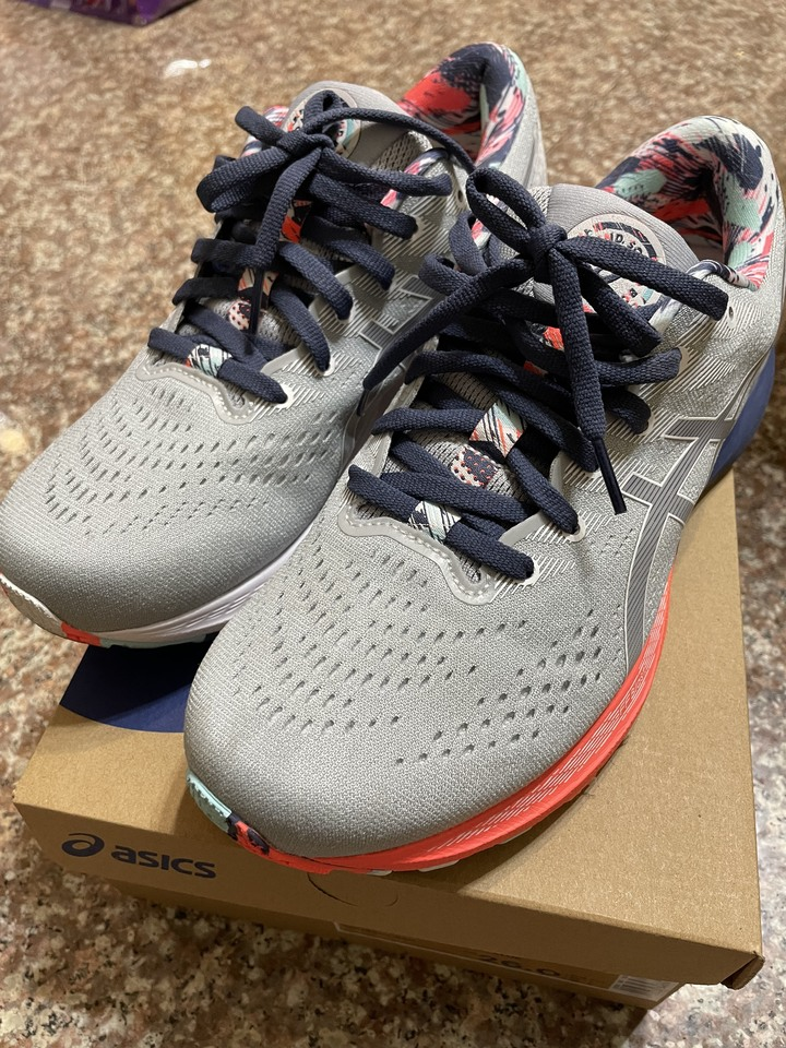 ASICS KAYANO 28 一般楦 男 慢跑鞋 8號