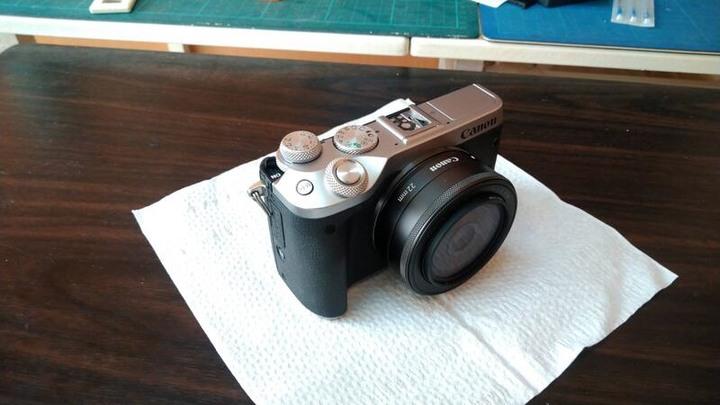 canon M6單機+ CANON EF-M 22MM F2 9成新(Canon EOS M6 Mark II參考)