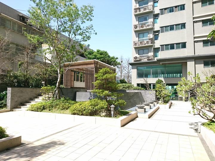 ◆天御2+1房車近大竹郵局、衛浴有開窗、邊間採光