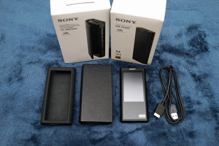 [售] SONY NW-ZX300 數位播放器 64G (黑) + CKL-NWZX300真皮皮套