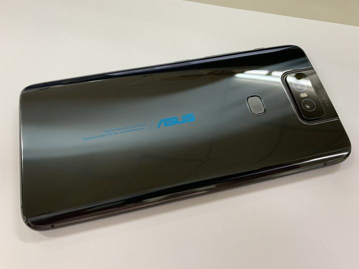 Zenfone 6 6GB/64GB 黑(台灣公司貨.過保)