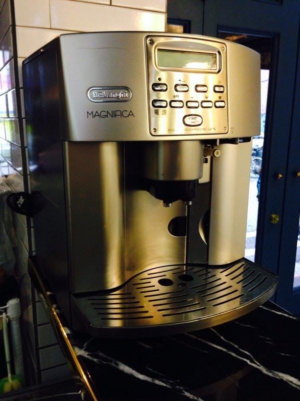 Delonghi迪朗奇 二手 IFD全自動咖啡機 ESAM3500