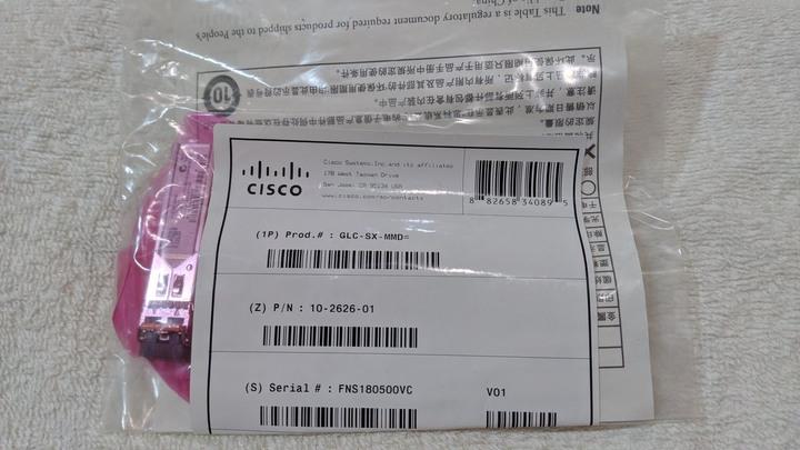 全新包裝未拆封 CISCO 原廠 GLC-SX-SMD 1000Base-SX SFP Module