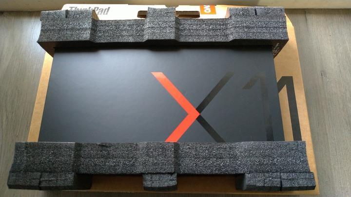 Lenovo x1 carbon 第七代 i7/16g/512gb/觸控螢幕