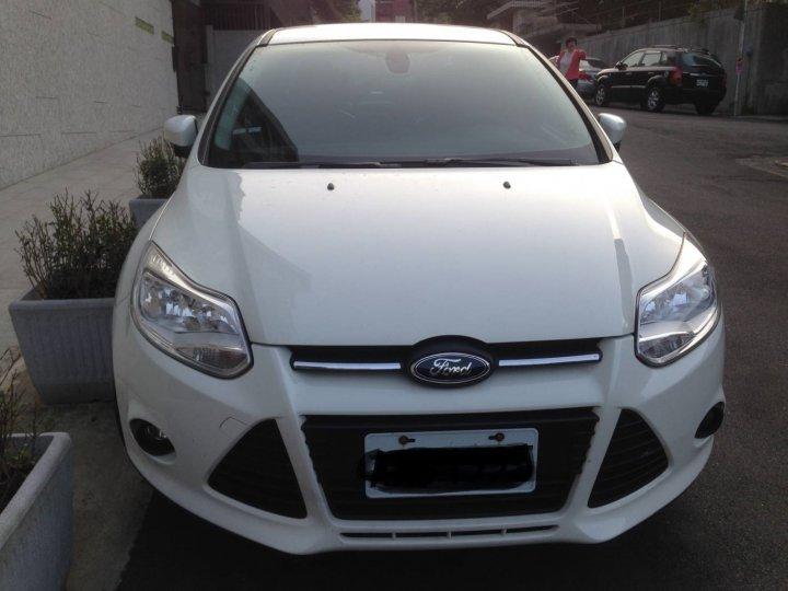 Focus 白色 2013 MK3 4D 自售