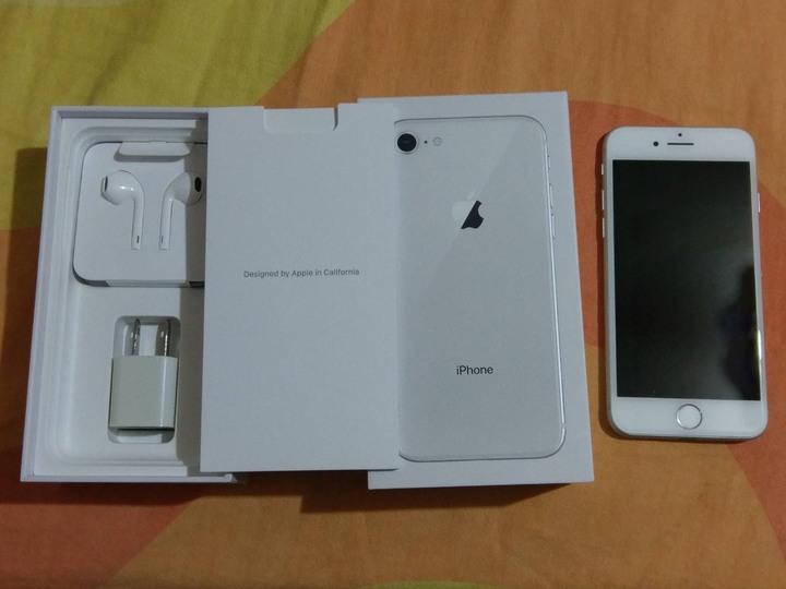 未 使用 iphone8