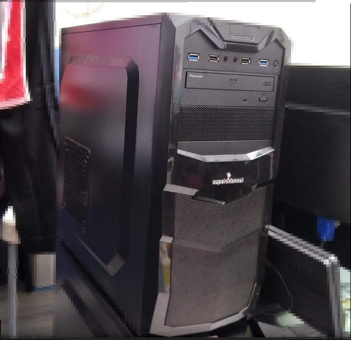 Intel i7-4790 電腦主機