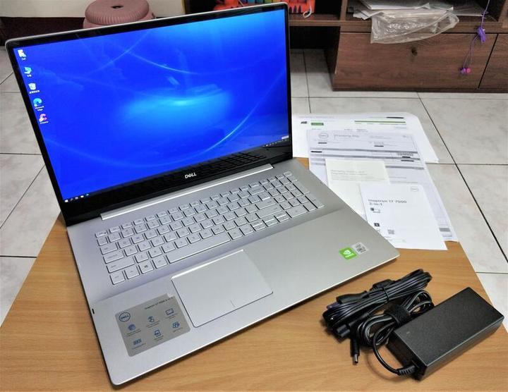 Dell Inspiron 17 7791 2in1 10th i7/16G/512G 翻轉觸控 指紋辨識 雷電3