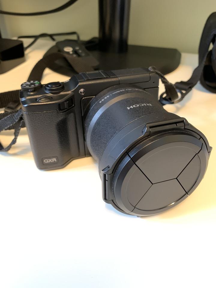 Ricoh GXR A16 APSC kit