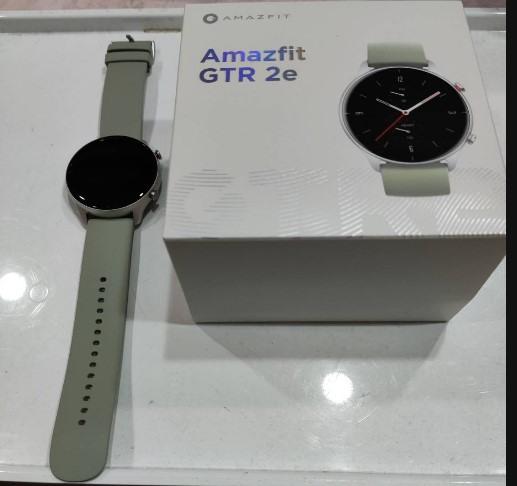華米 Amazfit GTR 2e 智慧手錶 - 冰湖綠