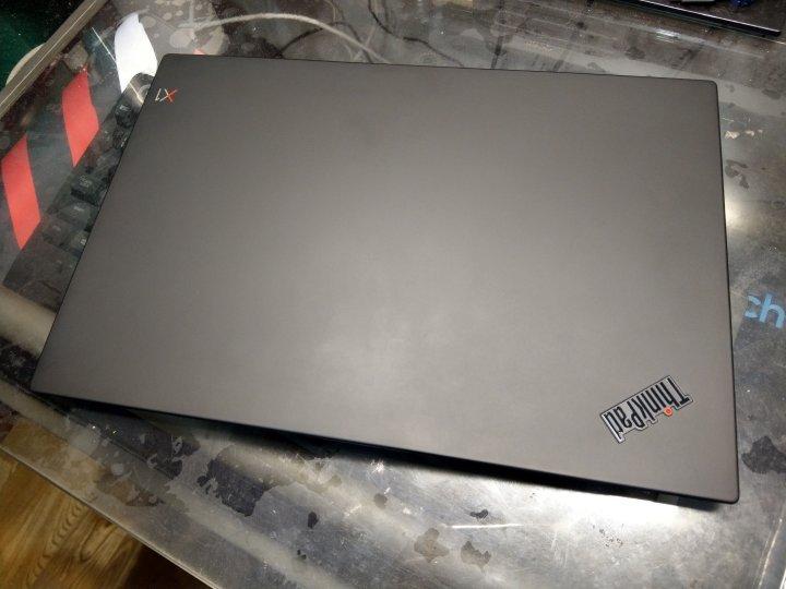 [美規]Lenovo X1C 6th, I7/16G/512 SSD