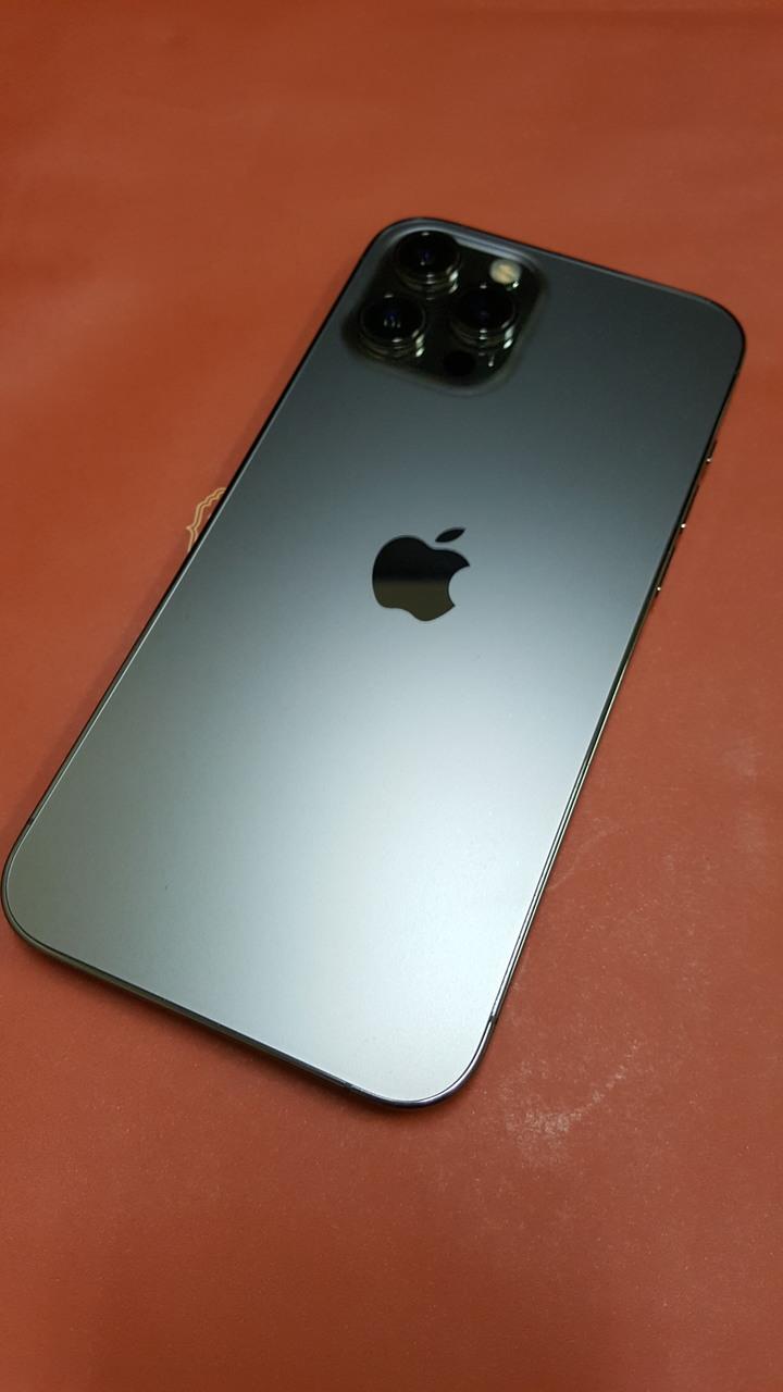 iPhone 12 Pro Max石墨色
