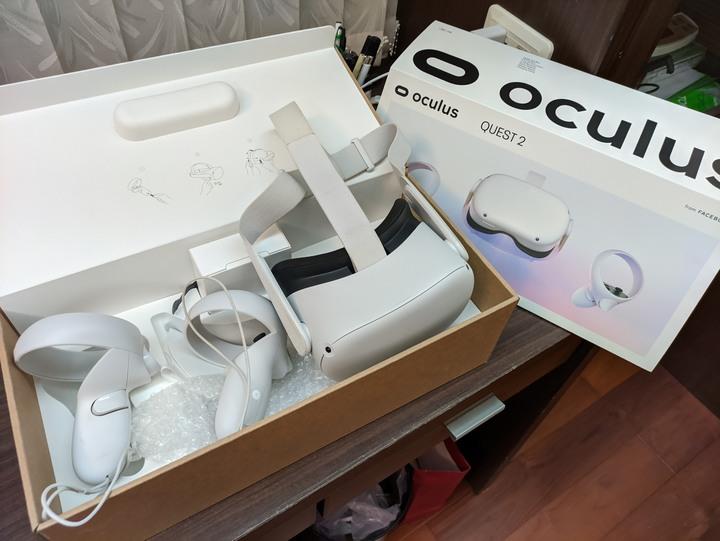 (九成新) Oculus Quest 2 64G 官方原廠 保固中 送全新矽膠護罩