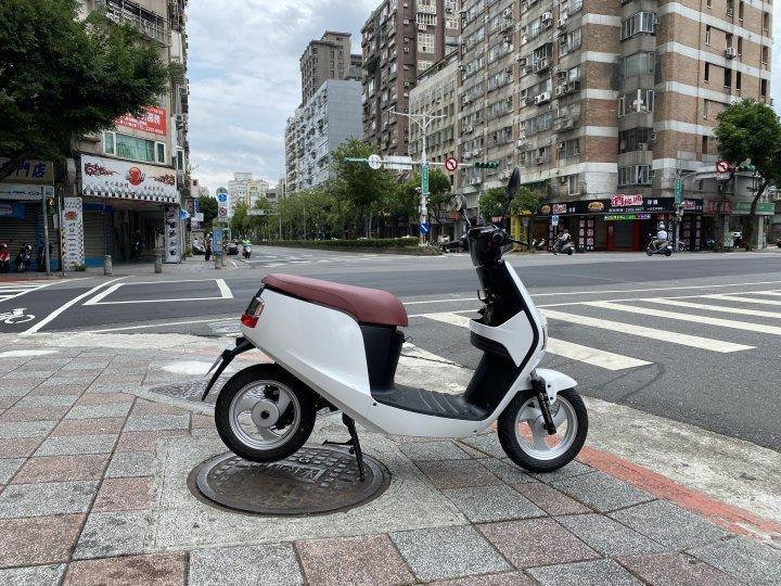 中華電動車emoving