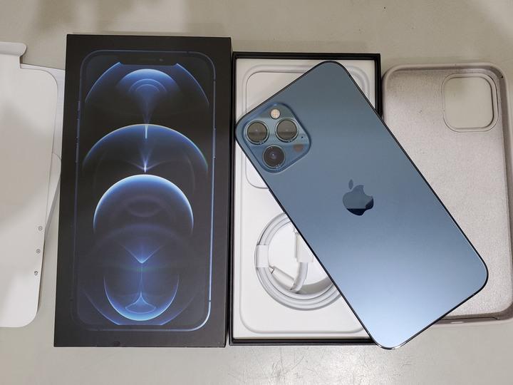 iphone 12 pro Max 256G,可貼換13