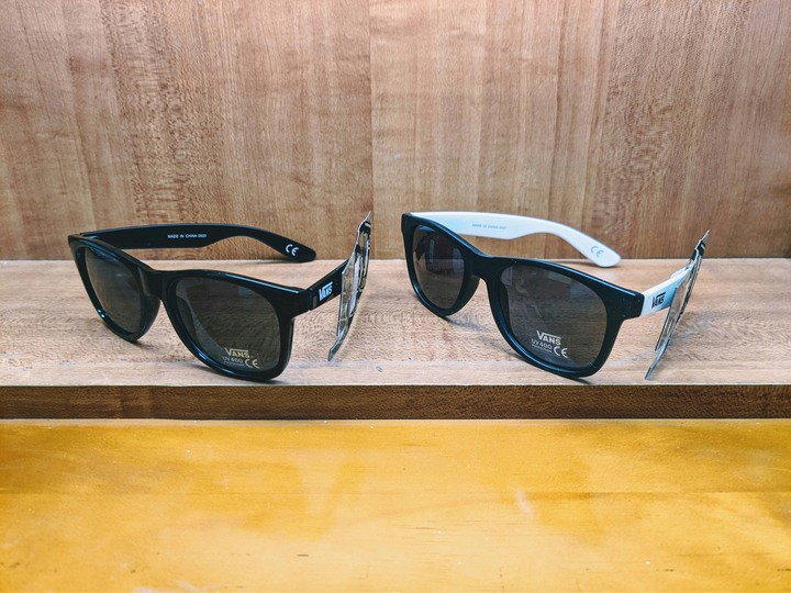 Vans Spicoli 4 sunglasses 太陽眼鏡 墨鏡 黑色 白色 抗UV 400 UV400 抗紫外線