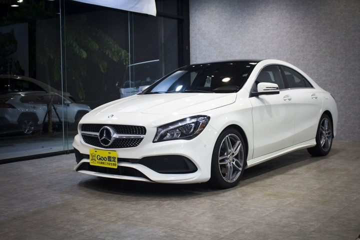 2017 年式 Mercedes-benz CLA250