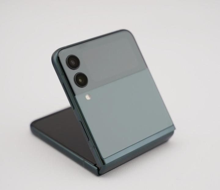 全新 三星 Galaxy Z Flip 3 128GB 石墨綠色 智慧館延長保固 z flip3 Galaxy Z Fold 3 可參考