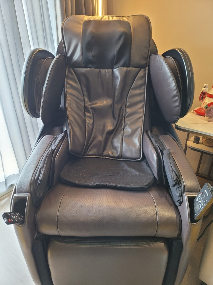 OSIM天王椅OS-833,原價100,000,出清品項新