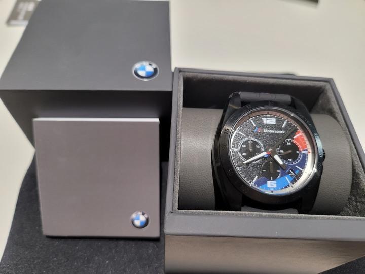 BMW房車賽雙眼計時男錶 (極新收藏品出售)